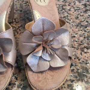 Born Concept Shoes - Beige gold comfortable wedges Sandals flower sz 7